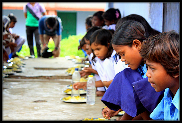 Voices from Mobile Vaani: Aadhaar for midday meals – yay or nay?
